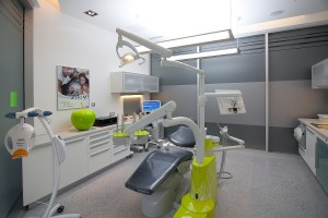 Dental treatment Split